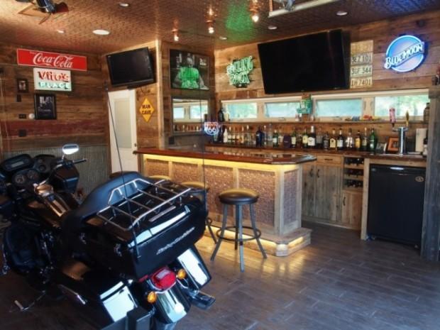 bar-garage-man-cave-680x510